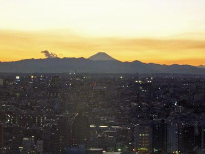 061227新宿から富士山夕景.jpg