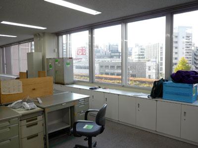 071202秋葉原事務所02.jpg